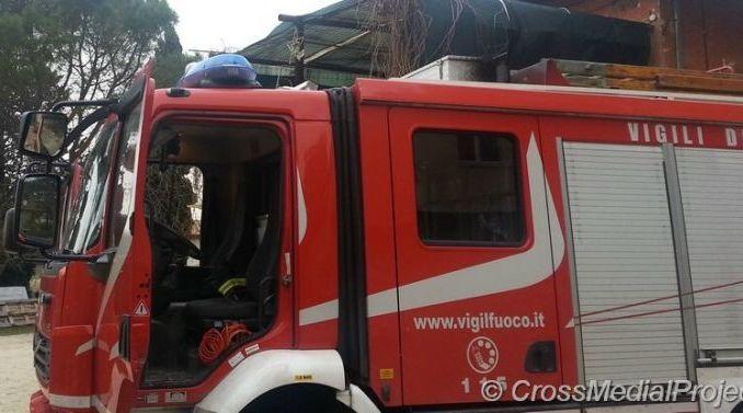 Crolla tetto lavanderia a San Giovanni di Baiano