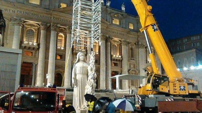 Statua Santa Rita, benedetta da Papa Francesco, verso l'inaugurazione a Cascia