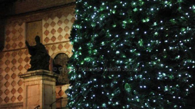 Accese le luminarie Natalizie, una nuova aria si respira a Perugia