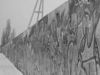 """Muro di Berlino, Fratelli d'Italia-An: """"Dopo 26 anni Europa diversa dai sogni"""""""