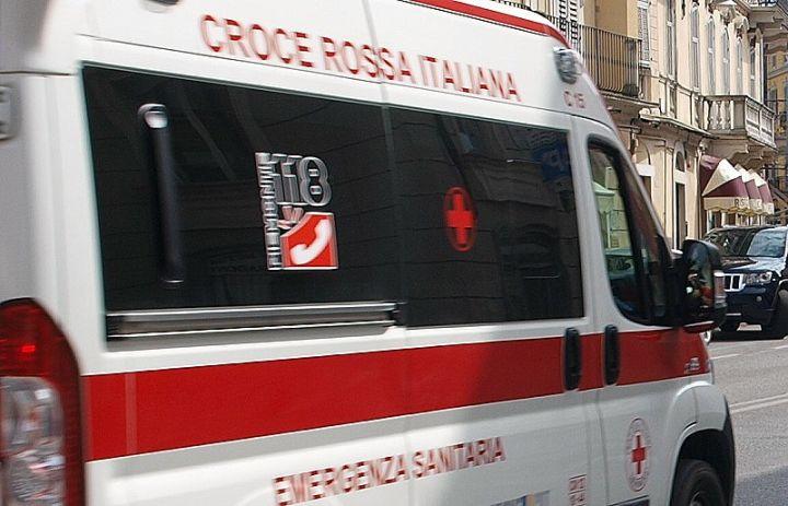 Incidente sul lavoro a Marsciano, operaio cade dal tetto di un capannone