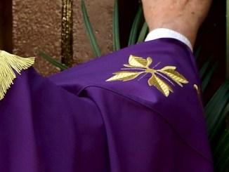 Vescovo Cancian apre Porta a Santa Città di Castello