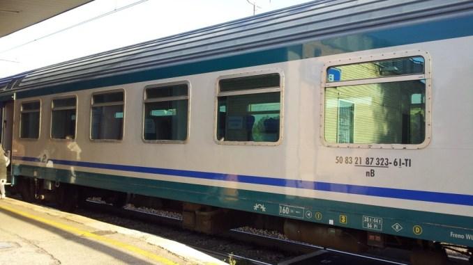 Straniero distrugge monitor e macchina biglietti alla stazione di Bastia