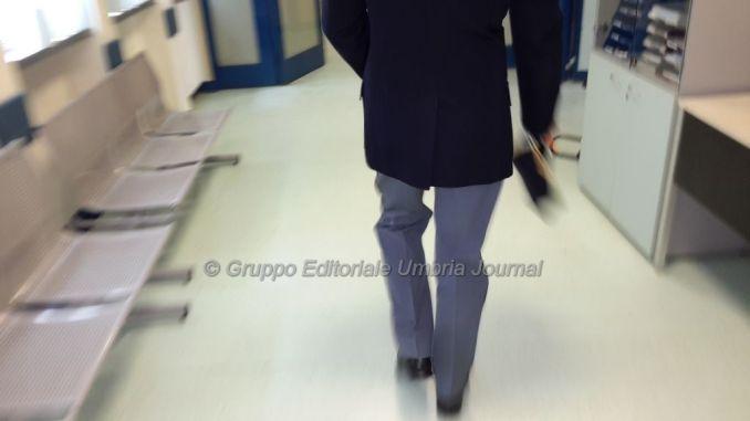 Furti all'ospedale di Perugia, denunciata operatrice socio sanitaria, rubava da circa un anno