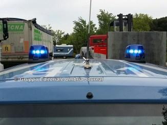 Auto contro moto, gravissimo incidente sulla Flaminia Vecchia