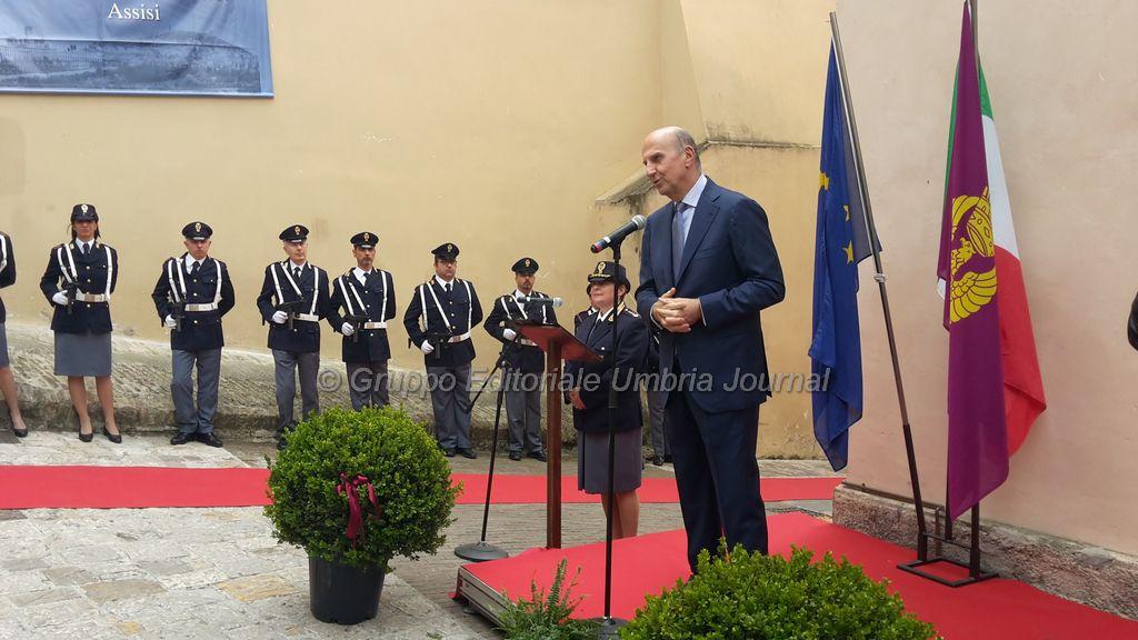 intitolazione-Emanuele Petri-commissariato assisi (12)