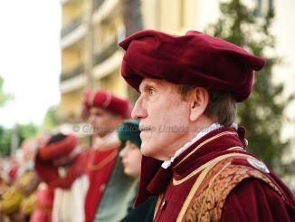 Perugia 1416, Rione San Pietro, corteo in vai dei Filosofi