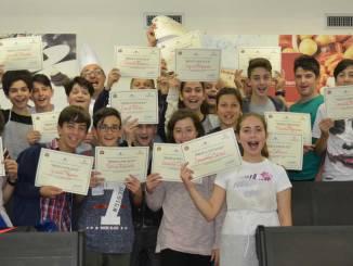 Confcommercio premia Scuola Media Carducci