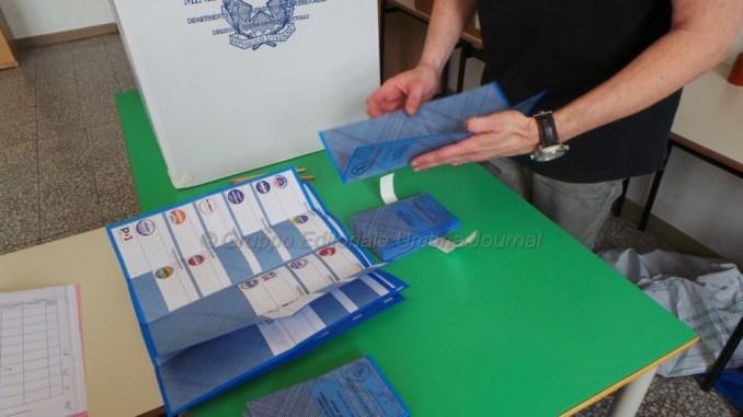 Elezioni, sorteggiati simboli e liste, a Perugia primo Mandarini, poi Romizi