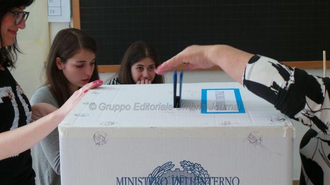 Elezioni Castello, a Riosecco arriva la polizia, ieri sparita scheda