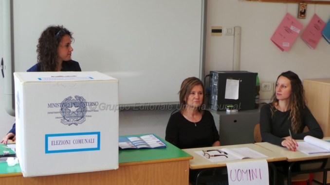Elezioni comunali 2016, alle ore 12 ha votato il 18,57 per cento
