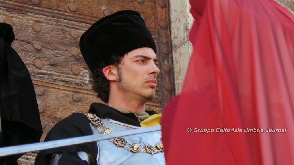 Ballo dei Rioni, la vera protagonista è la Perugia 1416 di borghi e quartieri