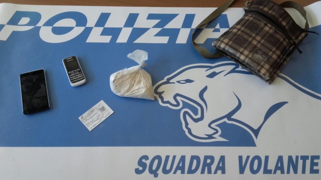 Corriere della droga fermato a Terni con 2 etti di eroina