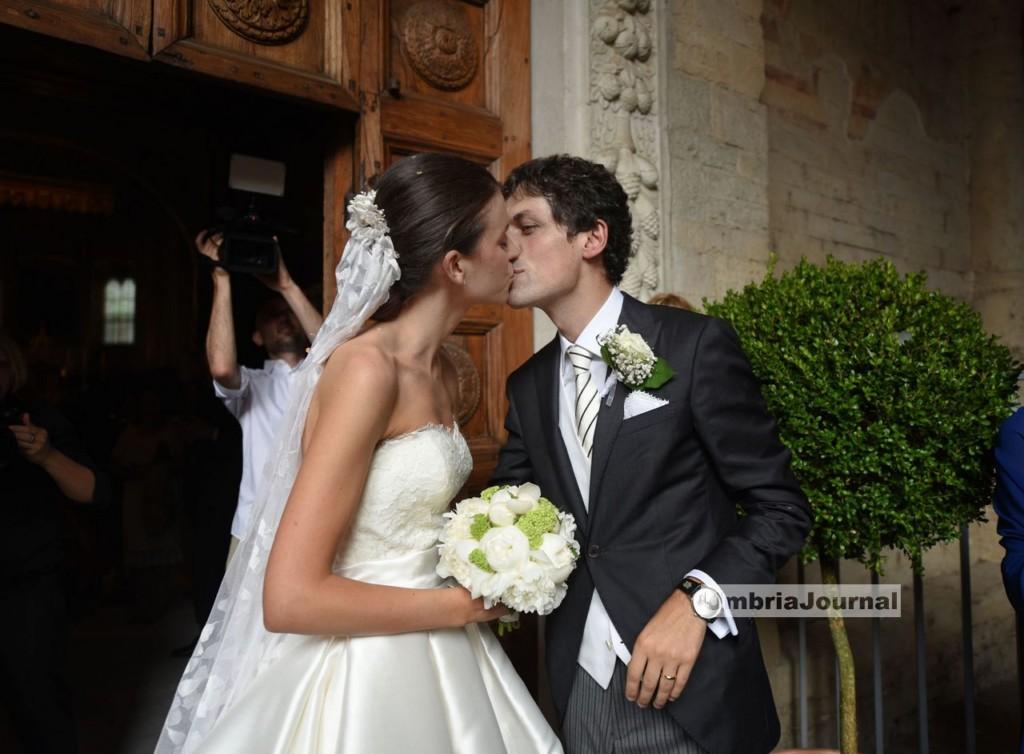 Il sindaco Romizi ha sposato la sua Angela nell'abbazia di San Pietro a Perugia