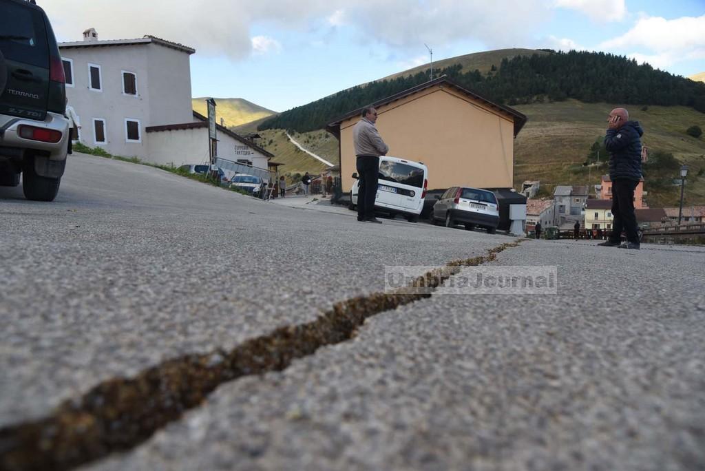 Terremoto2016-CASTELLUCCIO-AGB_7447