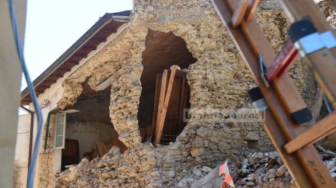 Edifici costruiti su faglie sismiche note? E' successo. Lo chiede Liberati del M5s