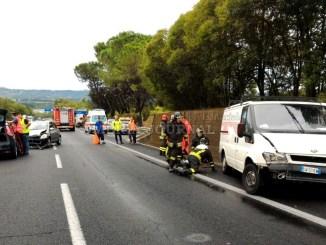 Umbria divisa in due per indicente, raccordo bloccato a Perugia
