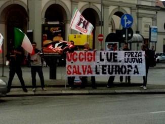 Forza Nuova mobilitazione anche a Perugia, uccidi UE, salva l'Europa