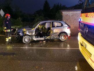 Incidente stradale nei pressi di Bosco a Perugia, un ferito grave