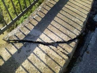 Terremoto, lesionato il ponte di Cannara, sindaco Gareggia dispone la chiusura FOTO