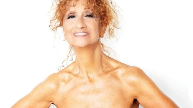 Teatro, Anna Mazzamauro a Corciano con Nuda e Cruda