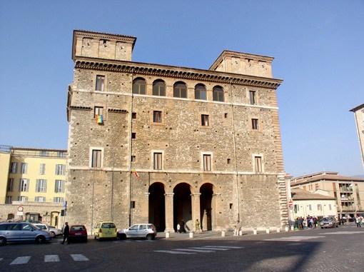 Caos Tari 2014, a Terni sempre più tensione, palazzo Spada prova a spiegare