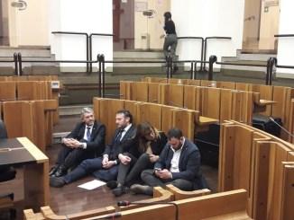 Inceneritori Terni, continua protesta in consiglio di Lega e M5sInceneritori Terni, continua protesta in consiglio di Lega e M5s