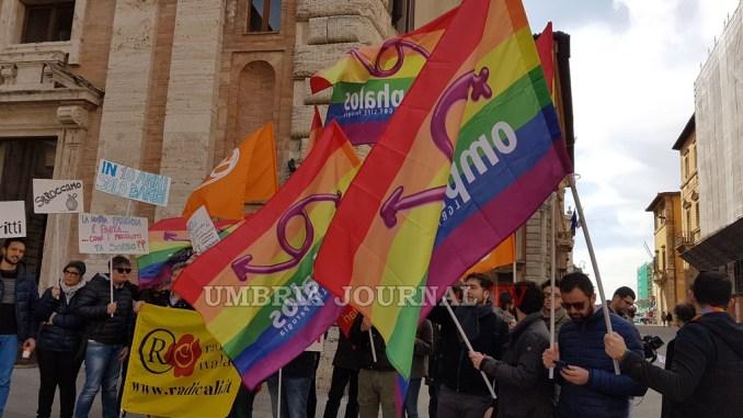 Legge regionale contro omofobia rinviata, tutti in piazza a Perugia a manifestare