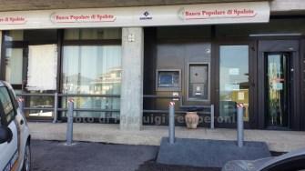 assaltano-bancomat-cassaforte-fiamme (1)