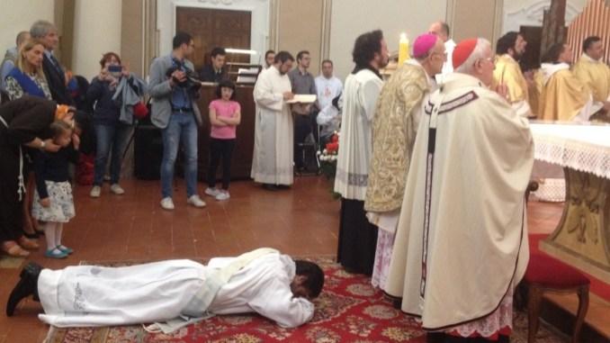Ordinato sacerdote don Antonio Paoletti nel santuario diocesano di Città della Pieve
