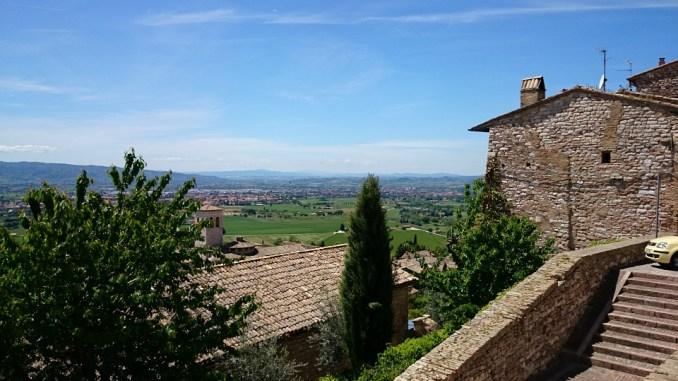 Turismo Umbria, fino al sisma 2016 buona tenuta, dopo forte calo