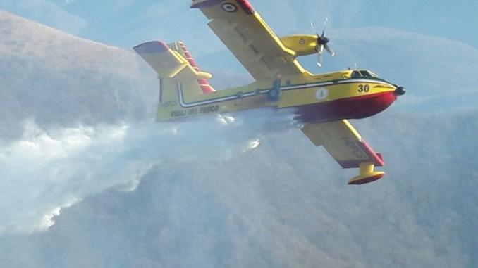Incendi boschivi, Umbria, dice Curcio, ancora senza flotta aerea