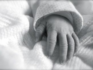 Ospedale di Perugia, anche nonni e zii potranno far visita ai bambini prematuri