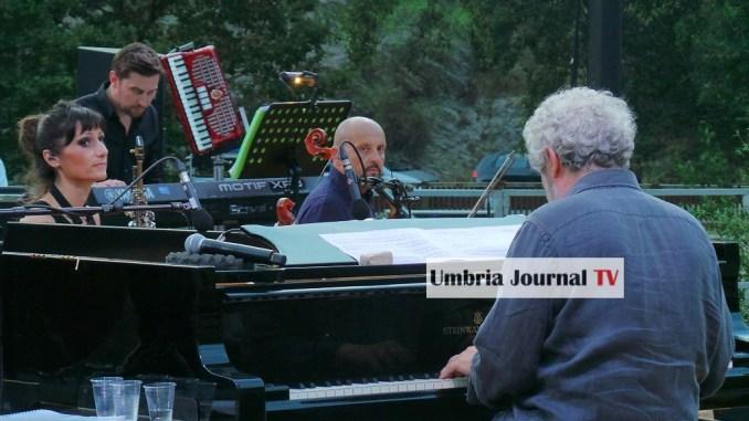 UniversoAssisi Nicola Piovani al Bosco San Francesco con la Musica è pericolosa