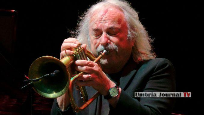 Enrico Rava ad Umbria Jazz, con lui Tomasz Stanko, tromba protagonista