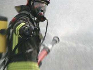 Incendio nel deposito Busitalia di Terni, due pullman carbonizzati