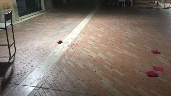 Accoltellamento a Terni, due giovani feriti, aggressori in fuga