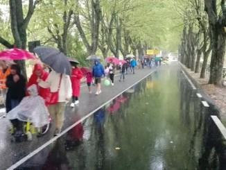 Perugia, la pioggia incessante non ferma la Camminata della Speranza