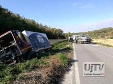 Incidente stradale mortale Perugia frontale auto furgone, muore donna (9)