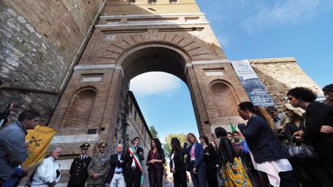 Art Bonus Perugia, inaugurata la rinnovata porta San Girolamo