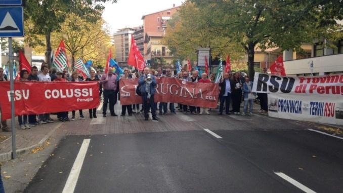 Collasso Province, oggi sit-in a Perugia per diritti delle lavoratrici edei lavoratori