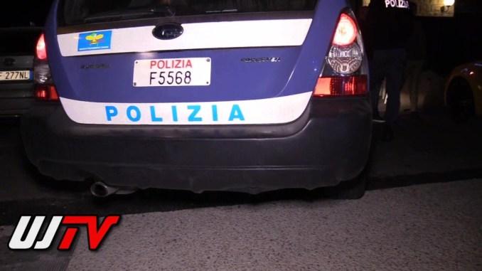 Furto, spintona la cassiera e si dà alla fuga, arrestato a Perugia