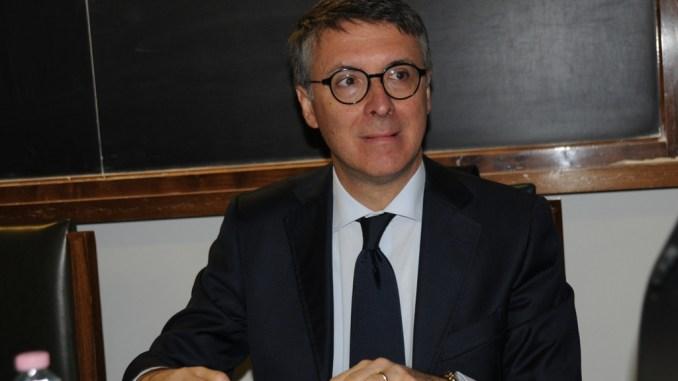 Vendita vaccini alla Regione Umbria, interrogato il 40enne di Messina