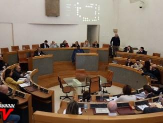 Riprese audiovisive delle sedute del consiglio, approvato il regolamento