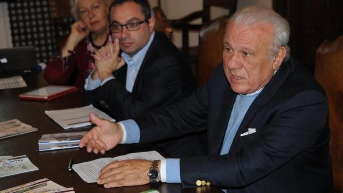 Università di Perugia, iscritti in crescita, Rettore Franco Moriconi attacca