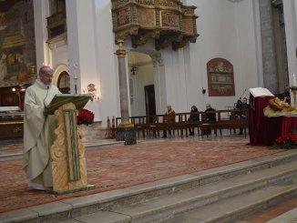 Celebrazioni di Natale Spoleto monsignor Boccardo in Cattedrale e all'Hospice