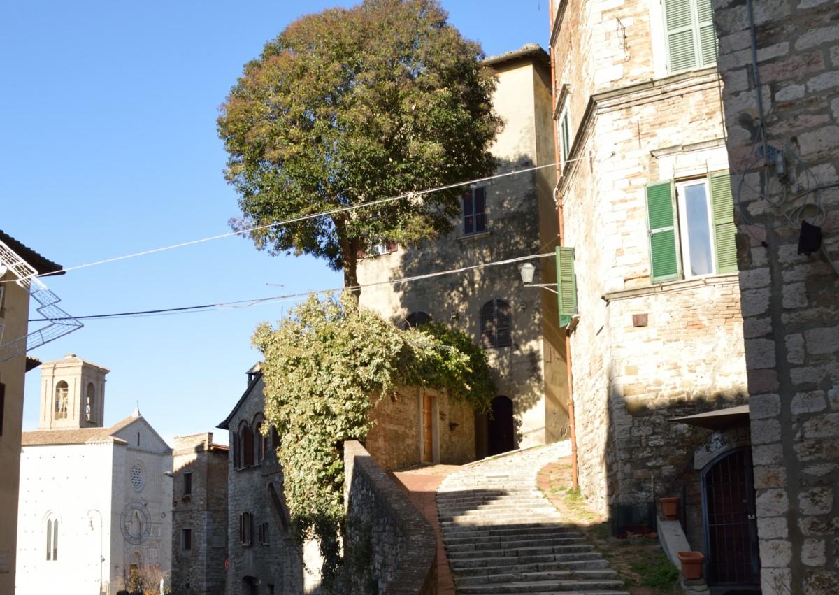 Un angolo della Città di Perugia che cambia, in fondo a ...