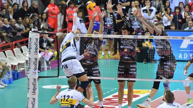 Volley, Sir Safety, Modena viola il Palaevangelisti nel big match della dodicesima giornata