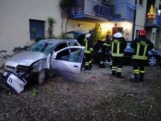 Incidente stradale a Magione, ferito un uomo di 36 anni, forse colpo di sonno
