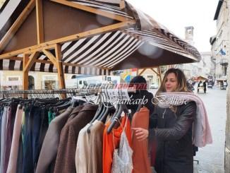 Ritorna lo sbaracco, in centro storico a Perugia la festa del commercio
